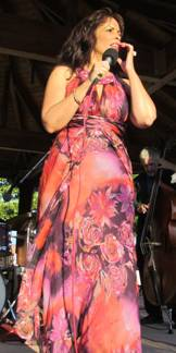 Jazz singer, Gina Eckstine, was a hit with event goers.