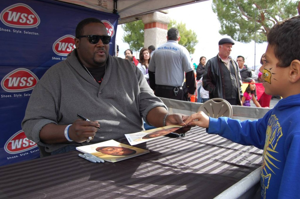 The Blind Side actor, Quinton Aaron, signed autographs for fans Saturday as part of the grand opening for the Palmdale location of WSS Shoes.