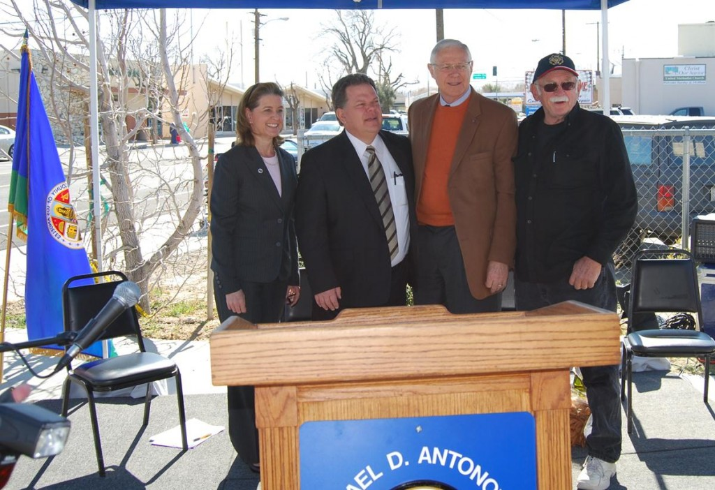 Quartz Hill Town Council President Doug Burgis (far right) takes a photo with Supervisor Antonovich and other officials at the conclusion of the dedication ceremony. (Photo by Dennis Bogard)